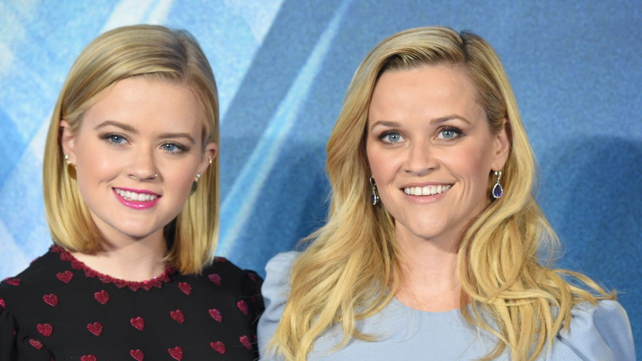 Reese Witherspoon S Daughter Ava Phillippe Debuts Chic New