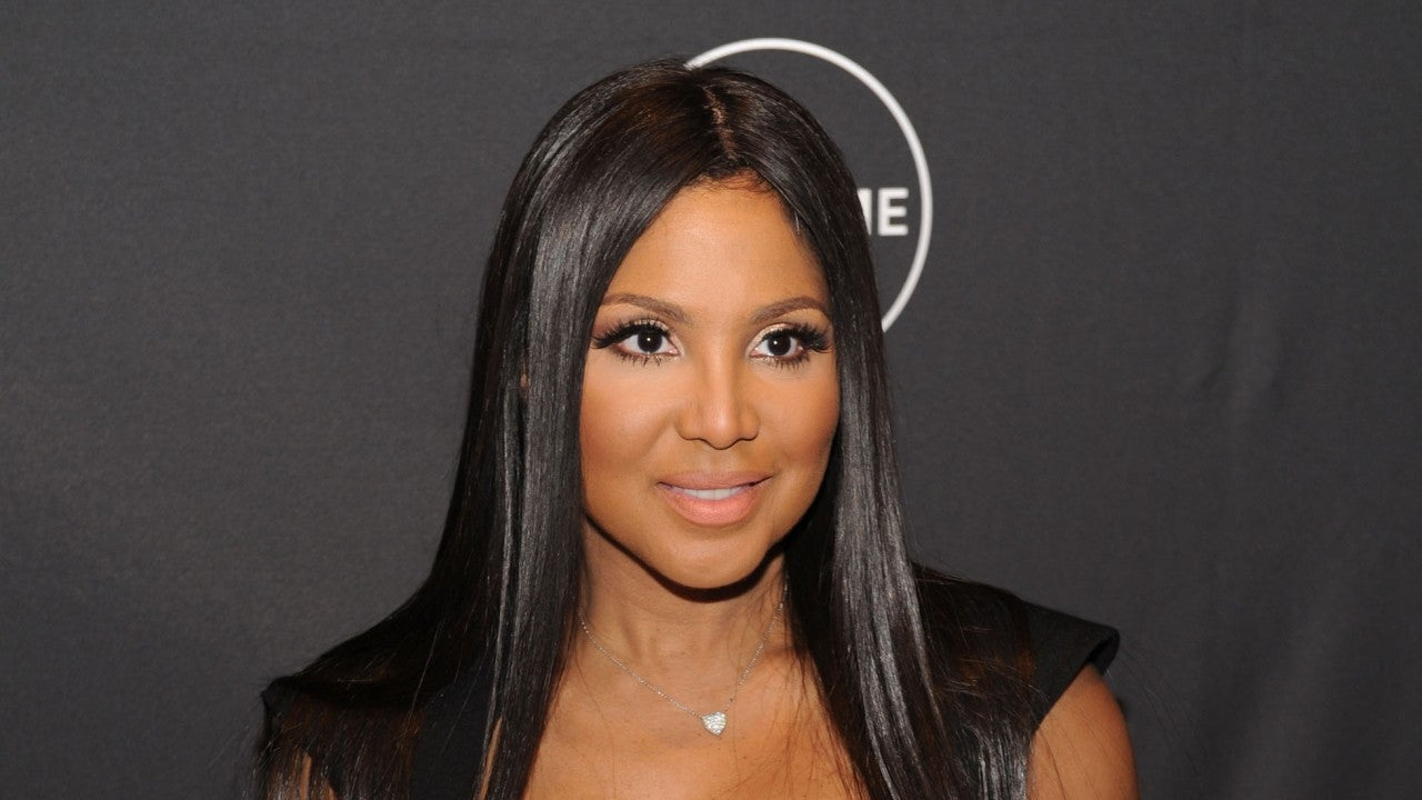 toni braxton opens up about her 25yearold nose job the