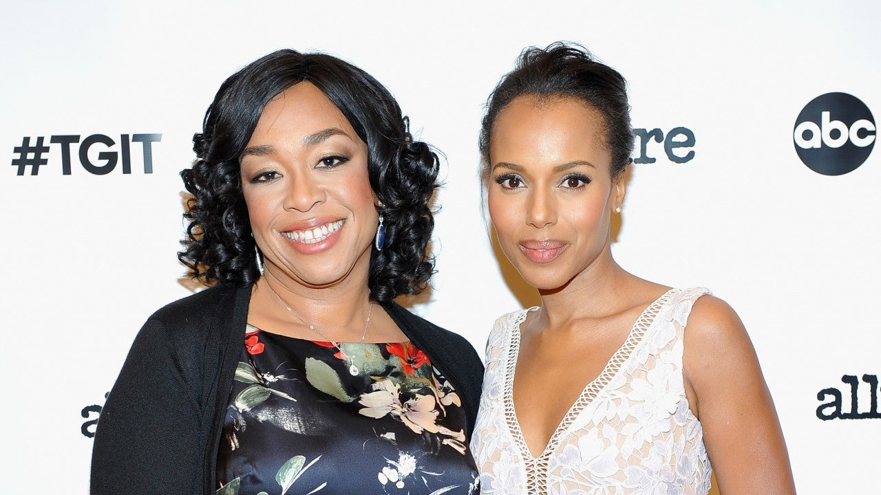 39 scandal 39 shonda rhimes and kerry washington dish on the series 39 final scene entertainment. Black Bedroom Furniture Sets. Home Design Ideas