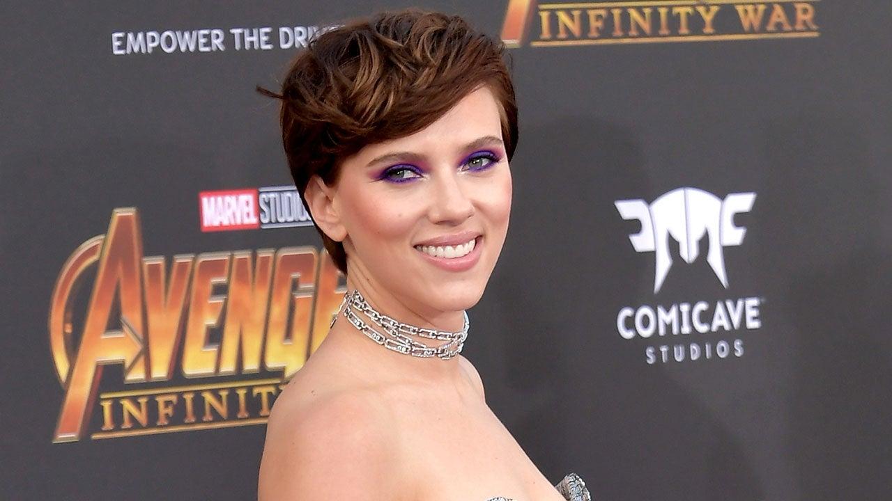 Scarlett Johansson Chris Hemsworth Their Original Avengers Co Stars Got Matching Tattoos Pics Entertainment Tonight
