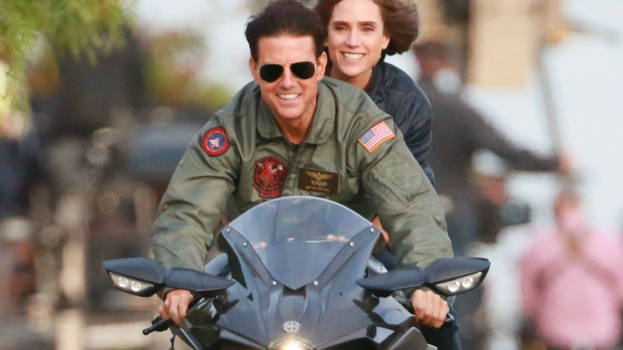 jennifer connelly dishes on riding a motorcycle with tom
