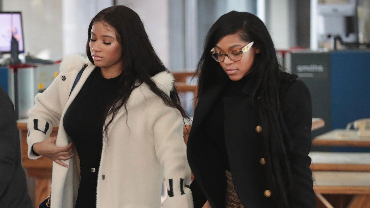 R  Kelly's Girlfriend Claims Her Parents Told Her to Lie