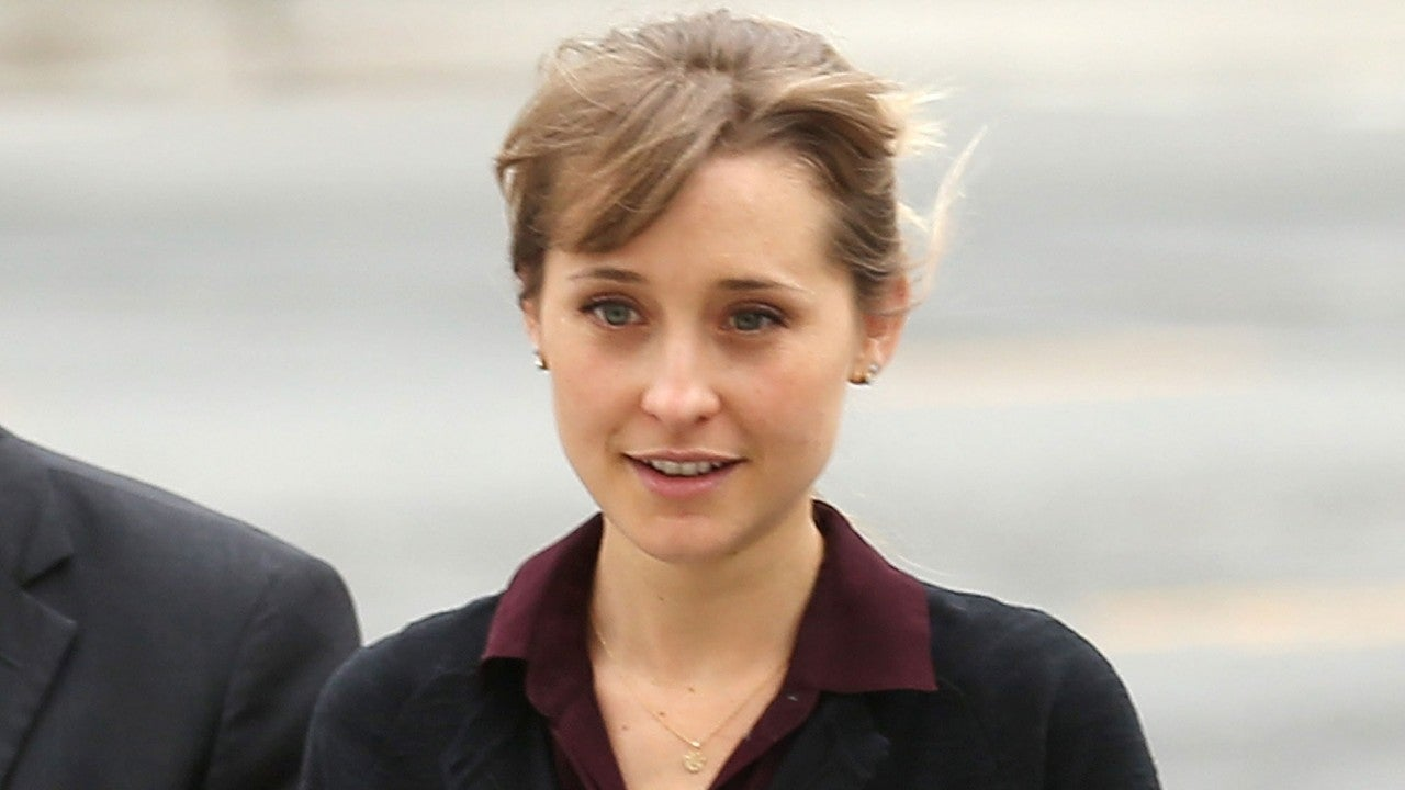 The 38-year old daughter of father (?) and mother(?) Allison Mack in 2021 photo. Allison Mack earned a  million dollar salary - leaving the net worth at  million in 2021