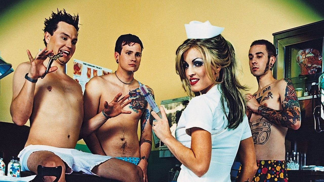 Blink-182 Reacts to Their Best 'Enema of the State' Videos ...