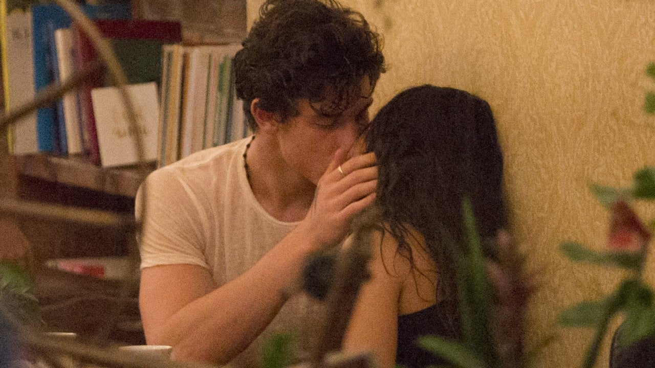 Camila Cabello And Shawn Mendes Share A Kiss During Date In Montreal Entertainment Tonight