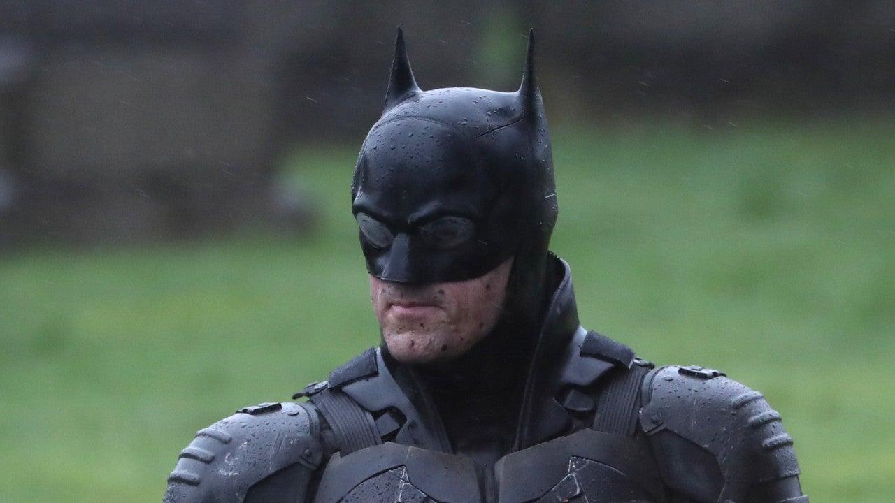 'The Batman' On-Set Photos Reveal Full Batsuit