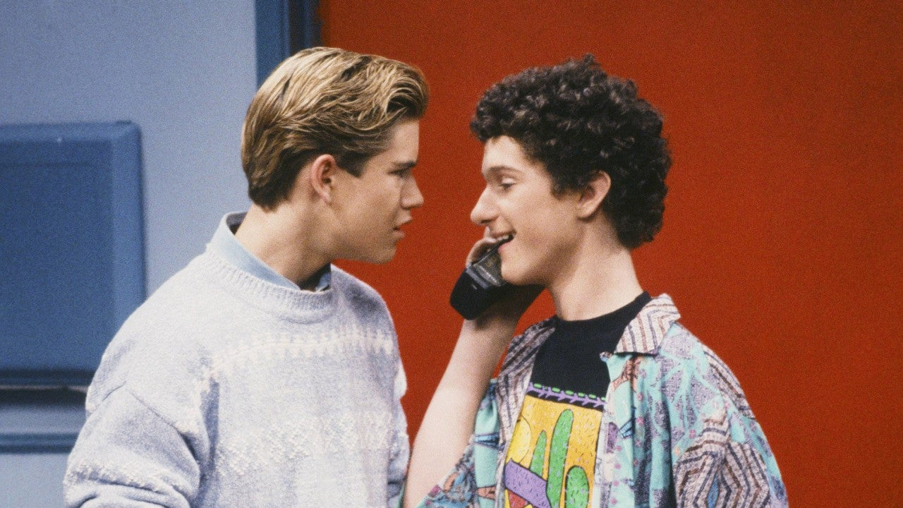 Mark Paul Gosselaar Says He Hasn T Spoken To His Saved By The Bell Co Star Dustin Diamond In 25 Years Entertainment Tonight