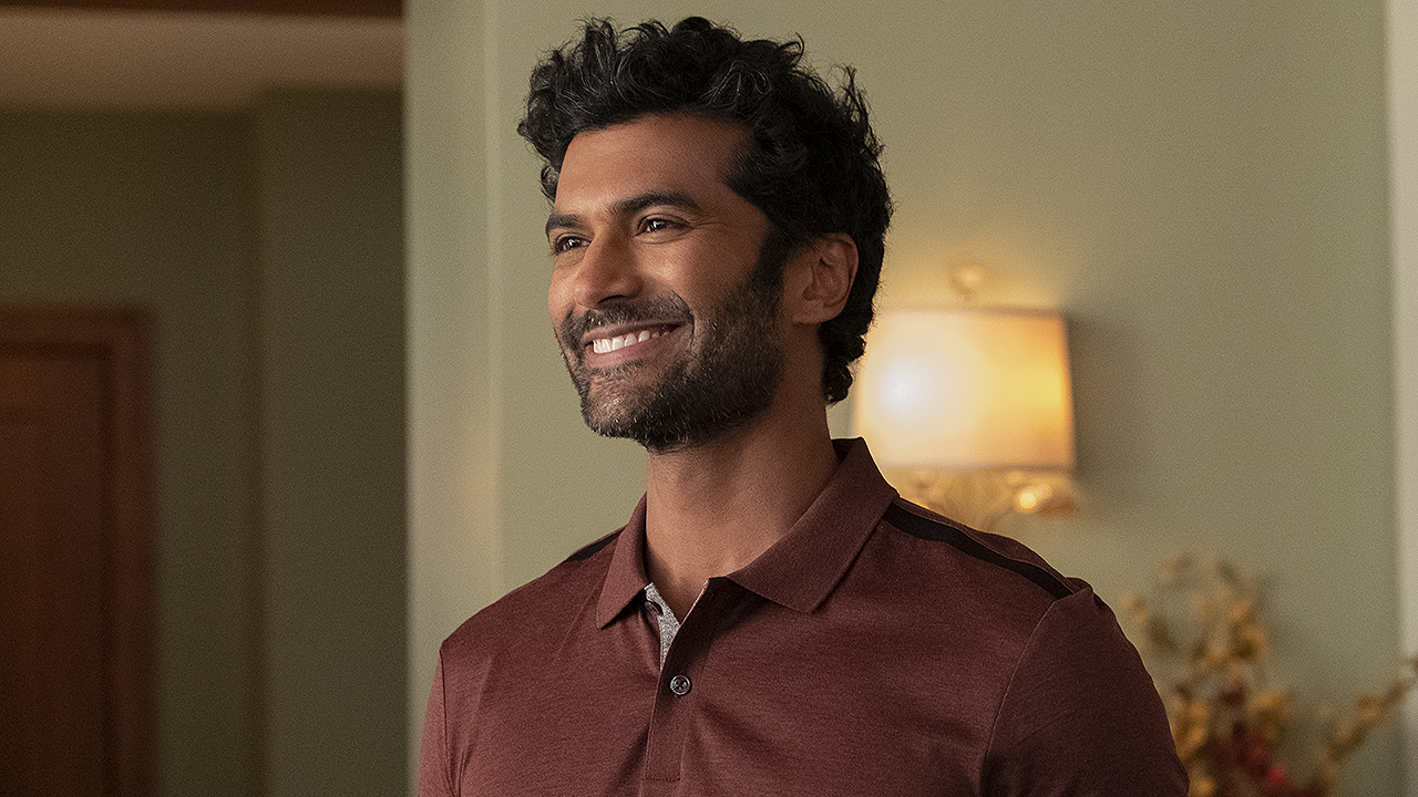 'Never Have I Ever': Sendhil Ramamurthy Says Daughter Is 'Mortified' by His 'Hot Dad' Status (Exclusive)
