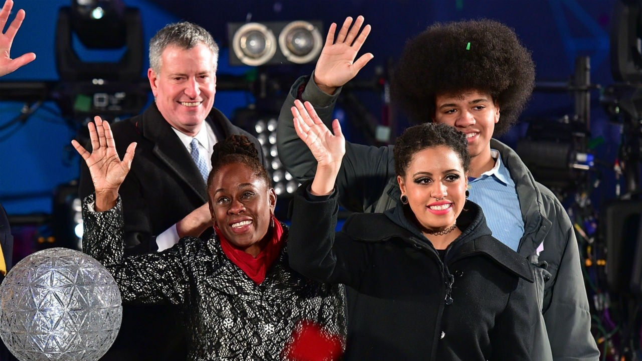 NYC Mayor Bill de Blasio's Daughter Arrested While Protesting in Manhattan