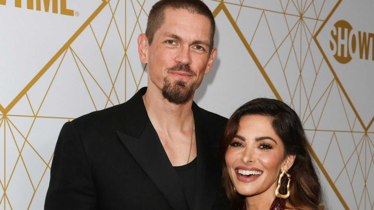 'Shameless' Actor Steve Howey and 'Chicago Fire' Star Sarah Shahi Split After 11 Years of Marriage - Entertainment Tonight thumbnail