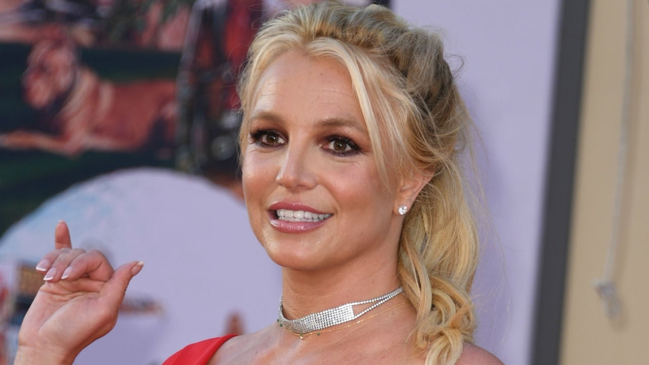 Britney Spears Says She's 'Demanding Attention' With Full ...