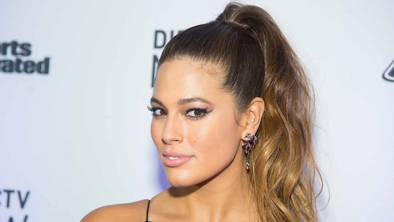 Ashley Graham Shows Off Stretch Marks After Pregnancy in New Swimsuit Campaign
