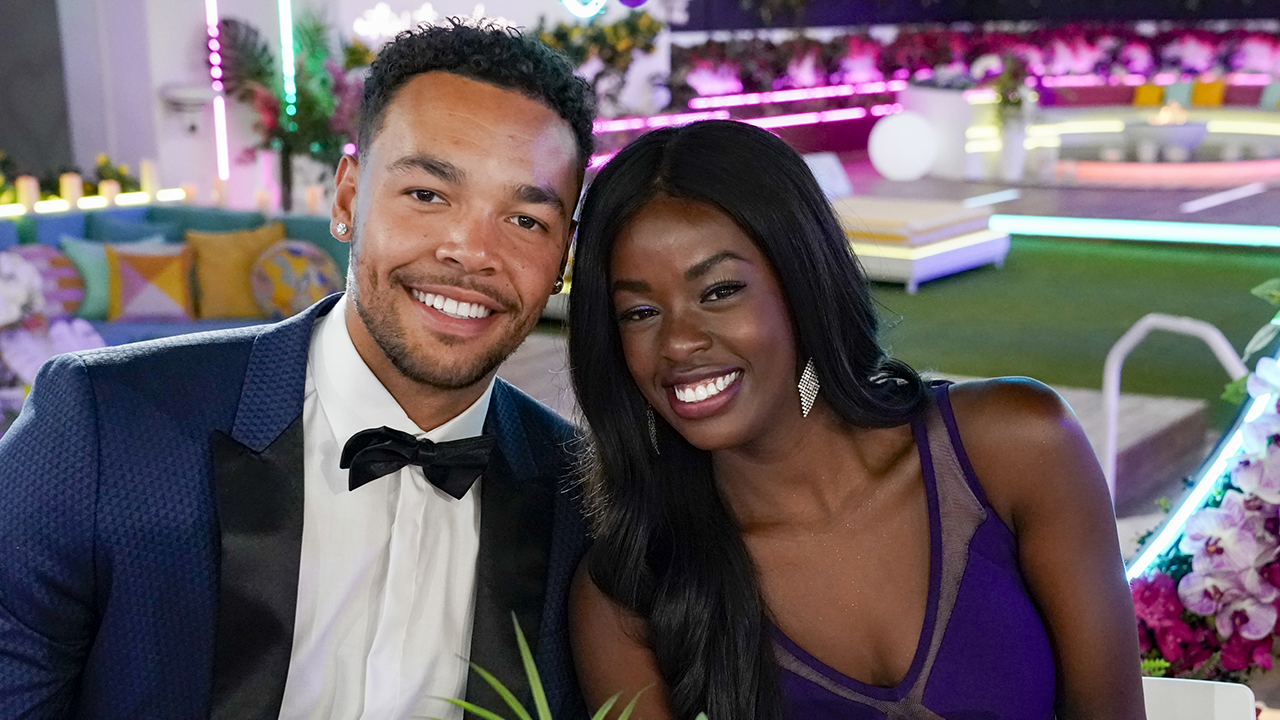 Entertainment News - 'Love Island' Season 2 Winners Justine and Caleb on Their Future and $100,000 Prize thumbnail