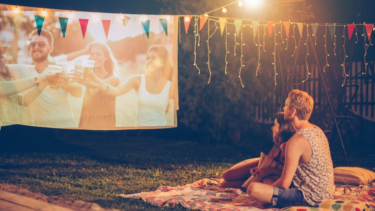How to Host the Perfect Outdoor Movie Night