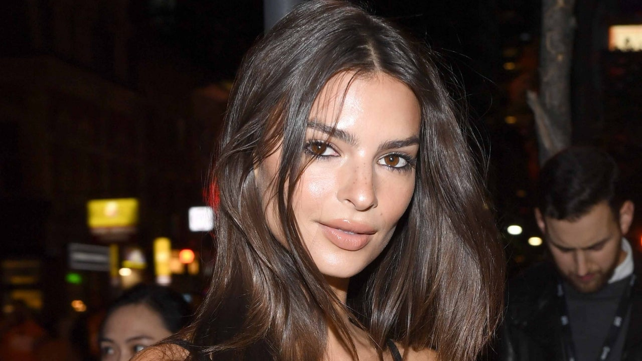 Emily Ratajkowski Poses Nude After Announcing Pregnancy