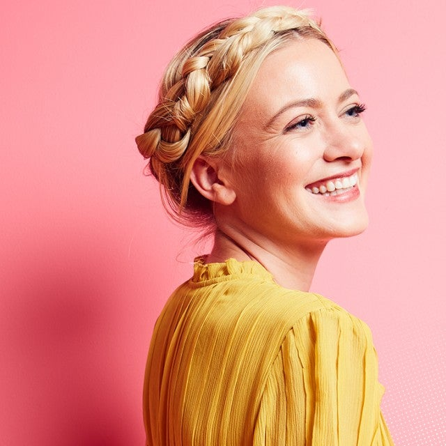 Meredith Hagner Features