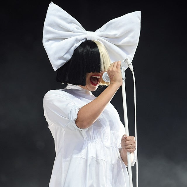 Sia reacts to nude pics