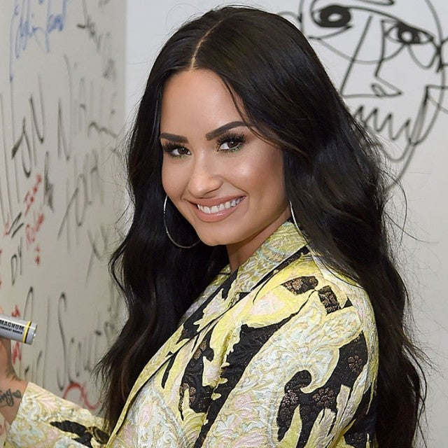 Demi Lovato signing wall at Music Choice