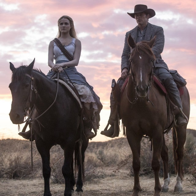 dolores_teddy_westworld