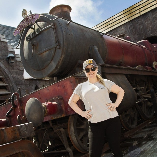 Kelly Clarkson at Wizarding World