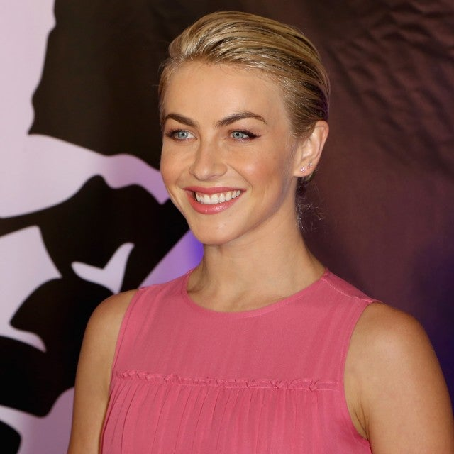julianne_hough_gettyimages-1032947542.jpg