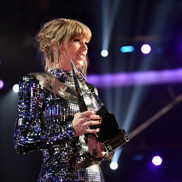 taylor_swift_gettyimages-1048513936.jpg