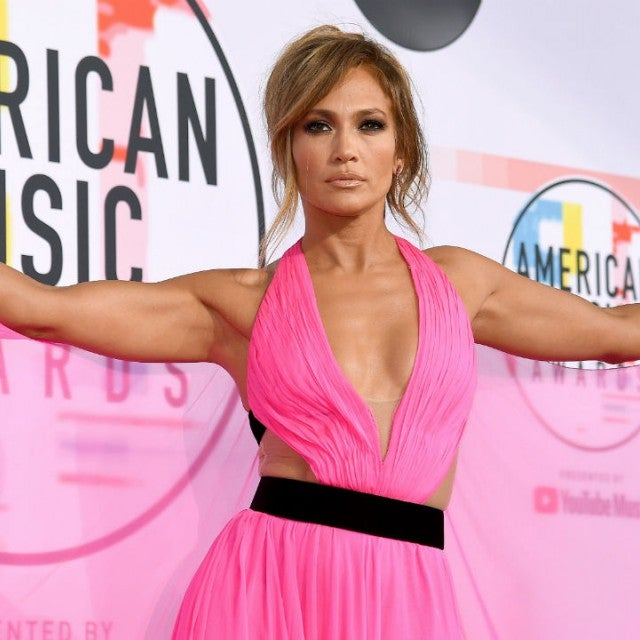 Jennifer Lopez at 2018 American Music Awards