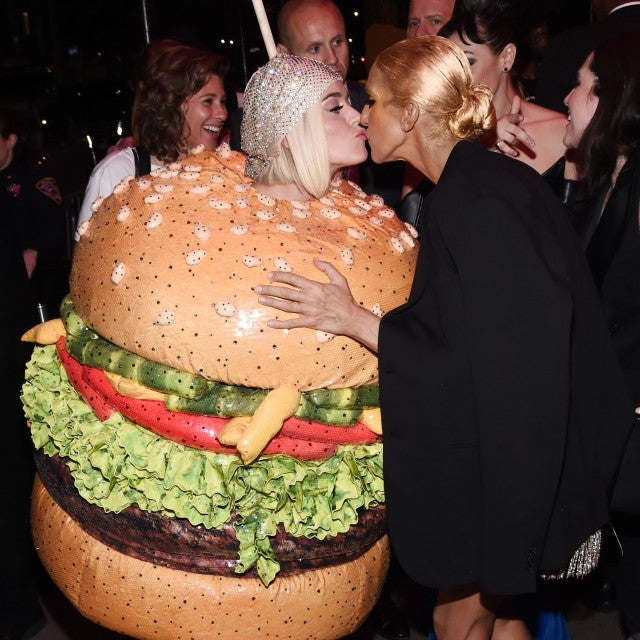 The Best Moments Of Katy Perry S Met Gala Hamburger Outfit: Articles, Videos, Photos And More