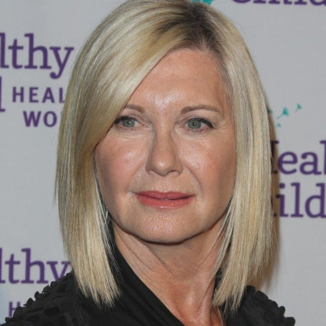 Olivia Newton-John Reveals She's Living With Stage 4 Cancer