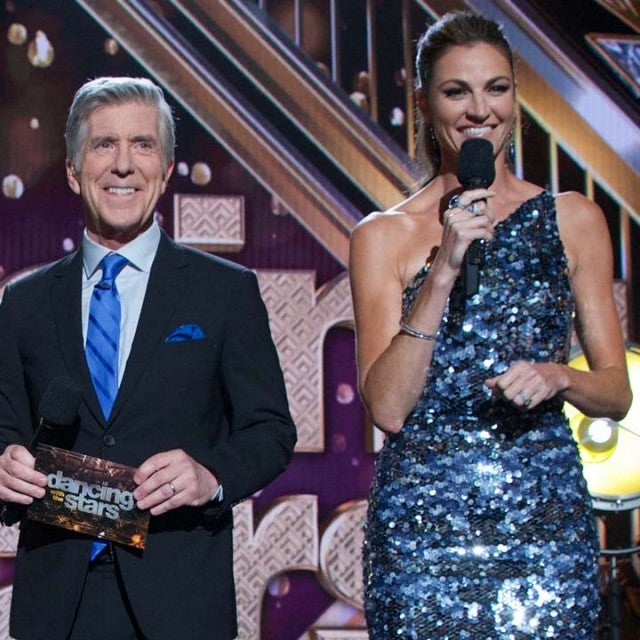 Tom Bergeron and Erin Andrews host 'Dancing With the Stars' Season 28