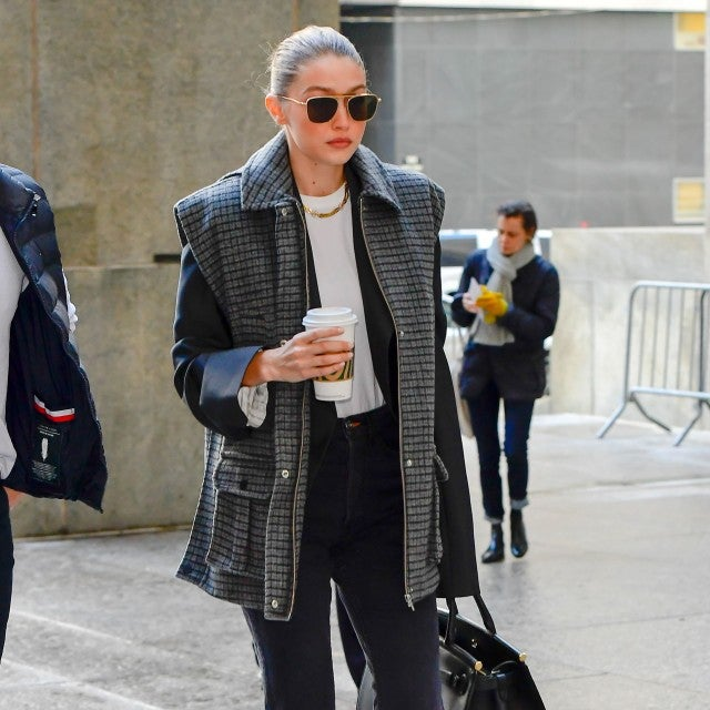Gigi Hadid arrives at Manhattan Criminal Court on January 16