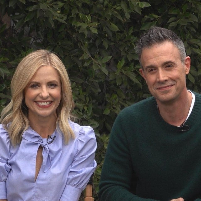 Sarah Michelle Gellar & Freddie Prinze Jr. on Shooting Movies Together