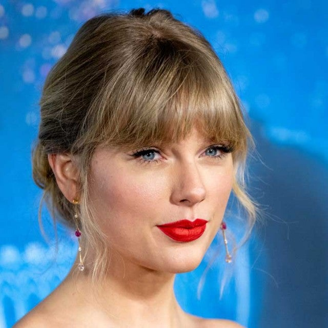 Taylor Swift at cats premiere in december 2019