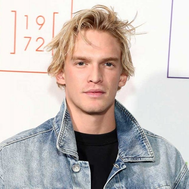 Cody Simpson backstage for e1972 during New York Fashion Week in feb 2020