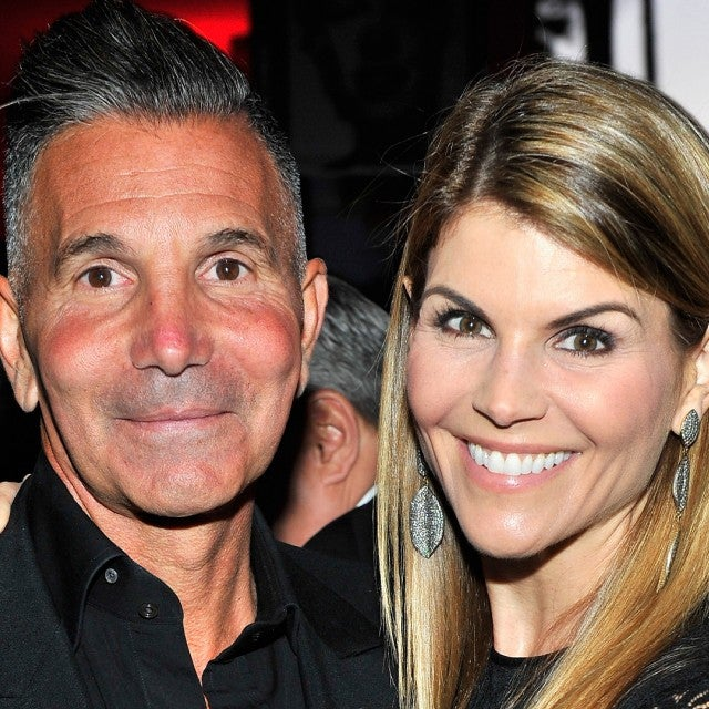 Lori Loughlin and Mossimo Giannulli Agree to Plead Guilty in College Admissions Case