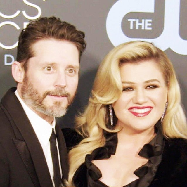 Kelly Clarkson Opens Up About 'Horrible' Divorce as New Split Details Emerge
