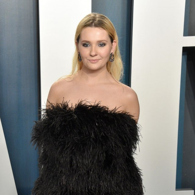 Abigail Breslin at 2020 Vanity Fair Oscar After Party