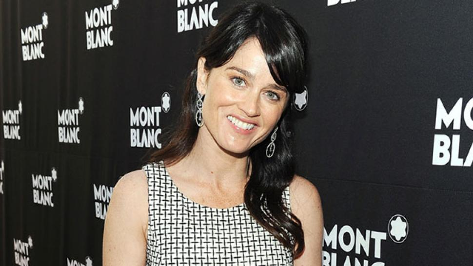 'Mentalist' Star Robin Tunney Engaged | Entertainment Tonight