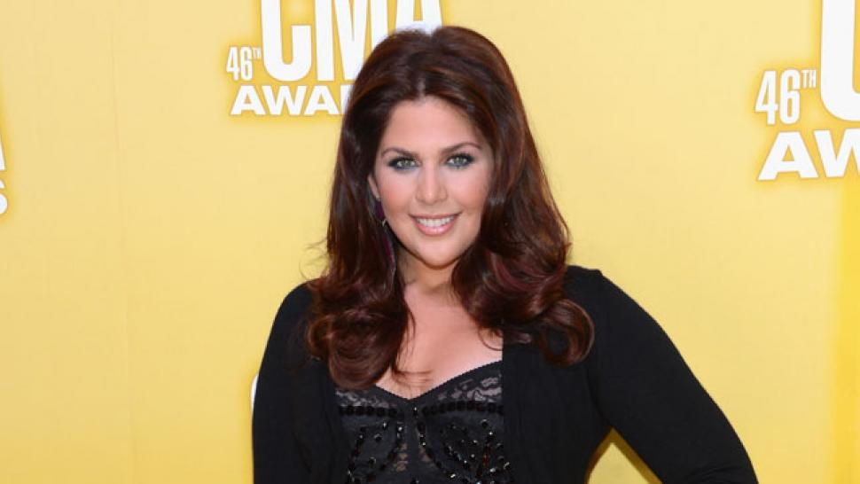 Lady antebellum 39 s hillary scott reveals she had a for Lady antebellum miscarriage how far along
