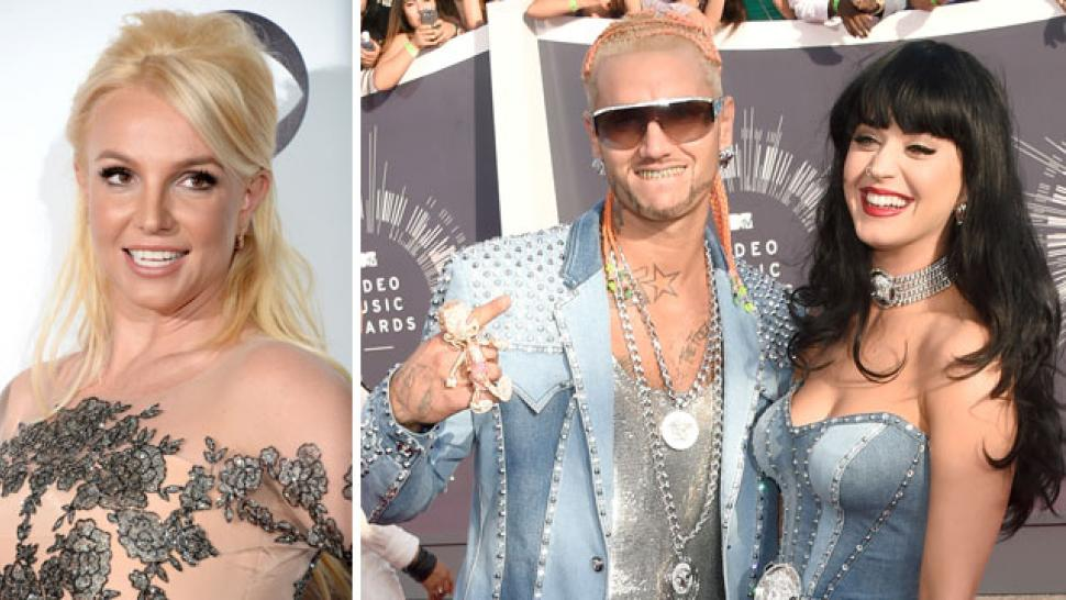 Britney Spears Reacts To Katy Perry S Denim Vma Dress Entertainment Tonight