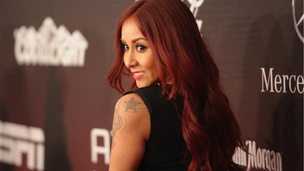 Snooki Welcomes A Baby Girl Find Out Her Name Entertainment Tonight