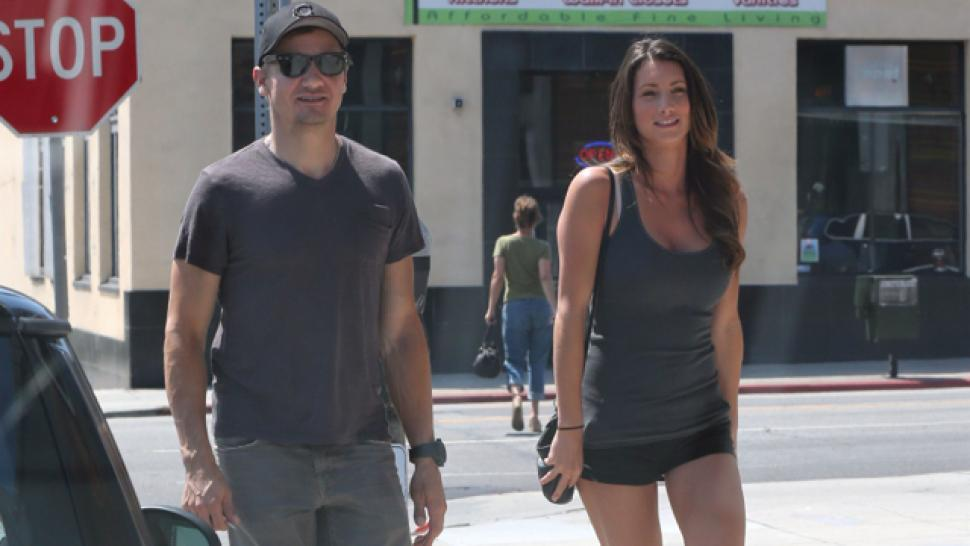 Jeremy Renner S Wife Files For Divorce After 10 Months Of