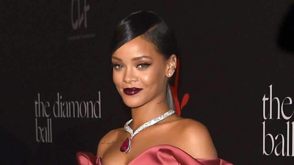 8913713b70bd Rihanna Is the New Face of Dior