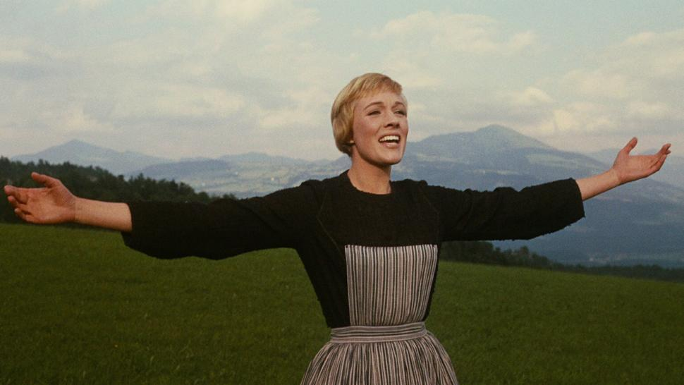 Julie Andrews Reveals Sound Of Music Secrets 50 Years Later Entertainment Tonight