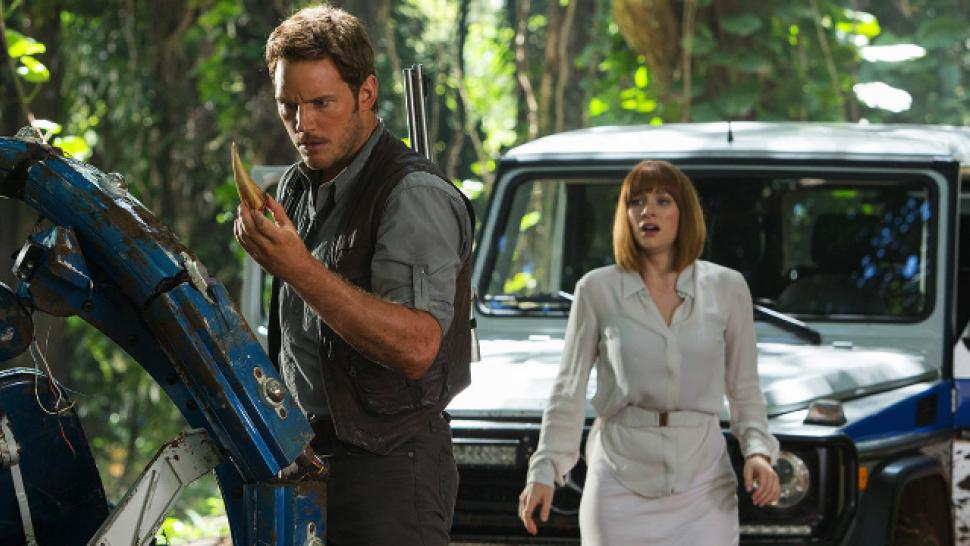 Jurassic World Breaks Records Proves We Re Not Done With Dinos Entertainment Tonight