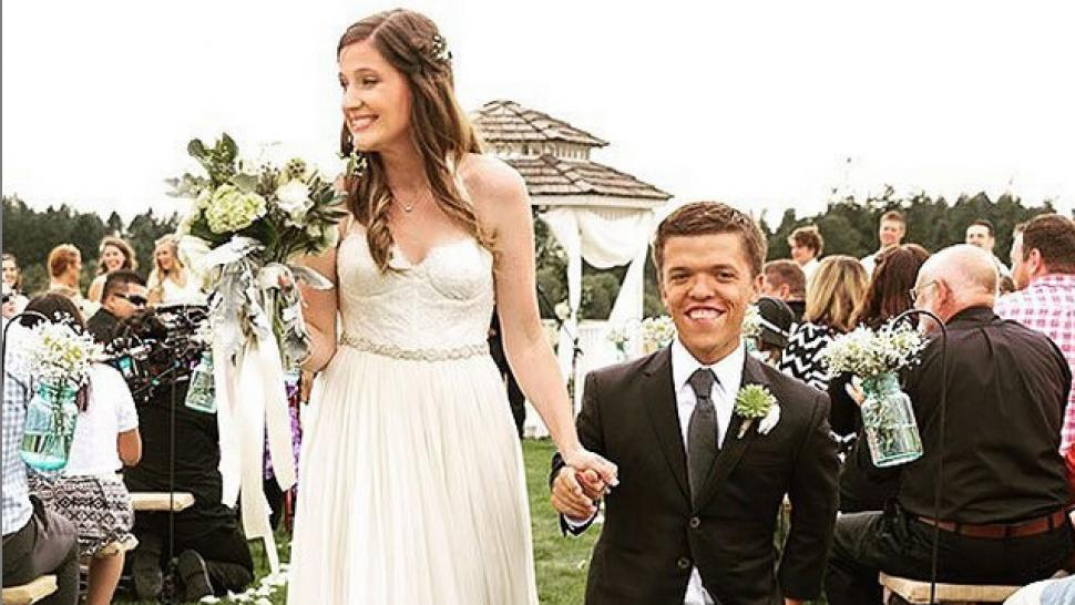 Little people big world star zach roloff marries tori patton little people big world star zach roloff marries tori patton junglespirit Choice Image