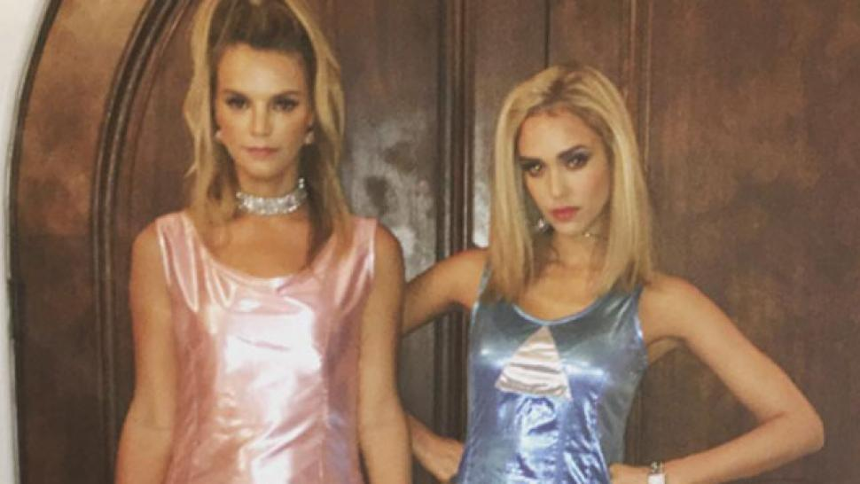 Jessica Alba Celebrates a Very '90s Halloween With Gwen