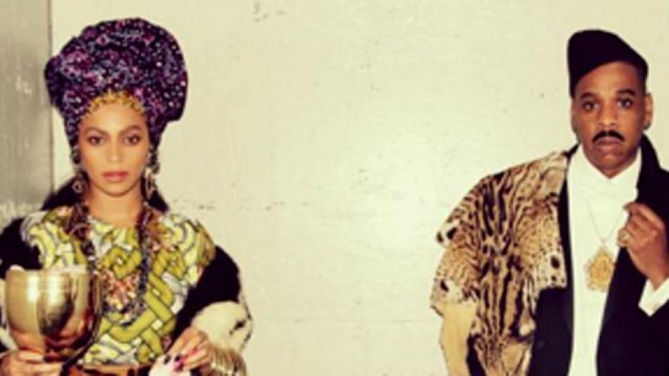 Beyonce Blue Ivy And Jay Z Dress Up In Matching Coming To America Costumes Entertainment Tonight