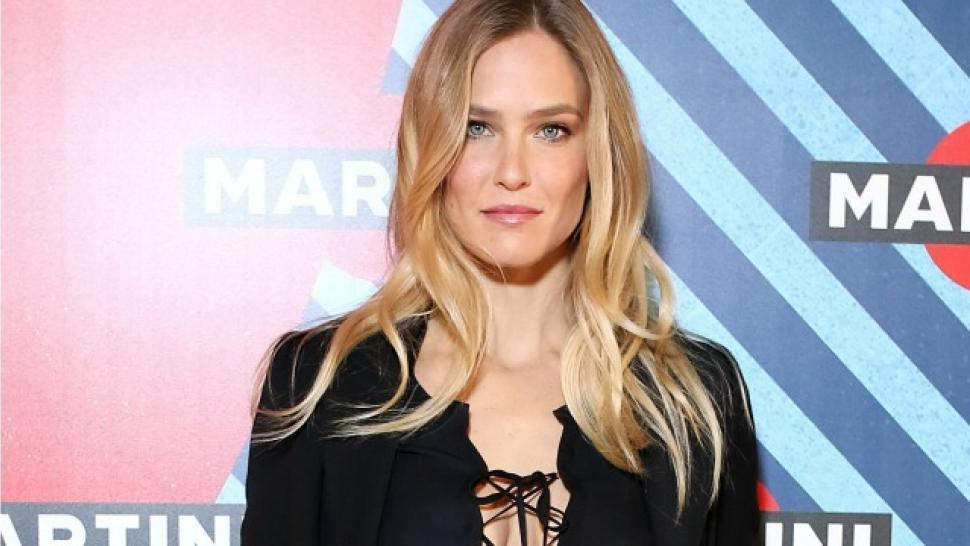 bar refaeli dubs prince william prince charming after meeting him