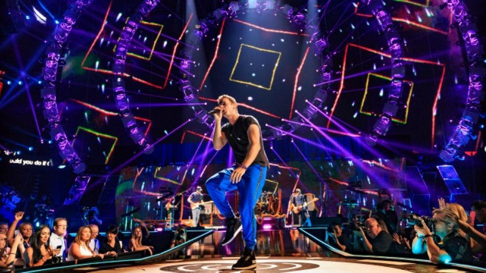 In Defense of Super Bowl 50 Headliner Coldplay | Entertainment Tonight
